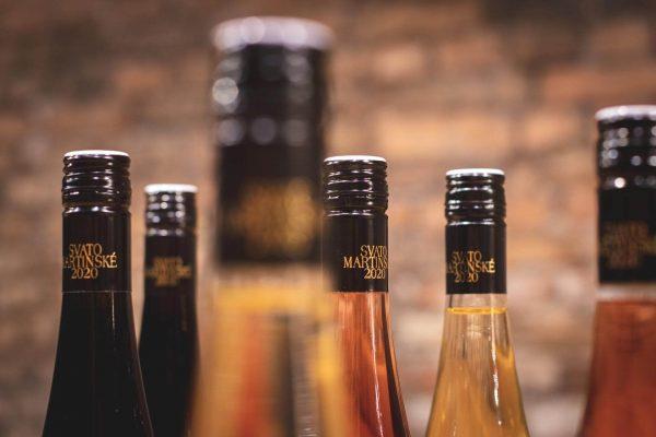 Vršky svatomartinského vína